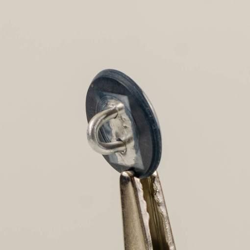 Policyjny guzik współczesny z orłem kolor szary śr. 16 mm (żywica)