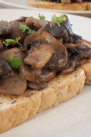 Mushrooms on Toast (1)