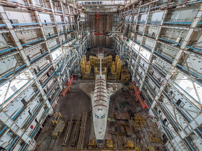 abandoned-soviet-space-shuttle-hangar-buran-baikonur-cosmodrome-kazakhstan-ralph-mirebs-coverimage