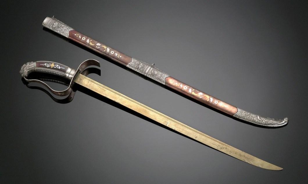 Vietnam general kılıcı