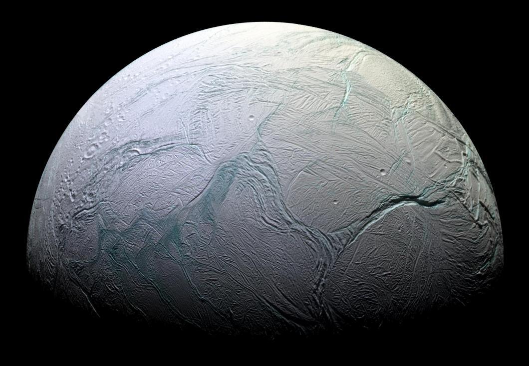 Satürnün uydusu Enkaledüs