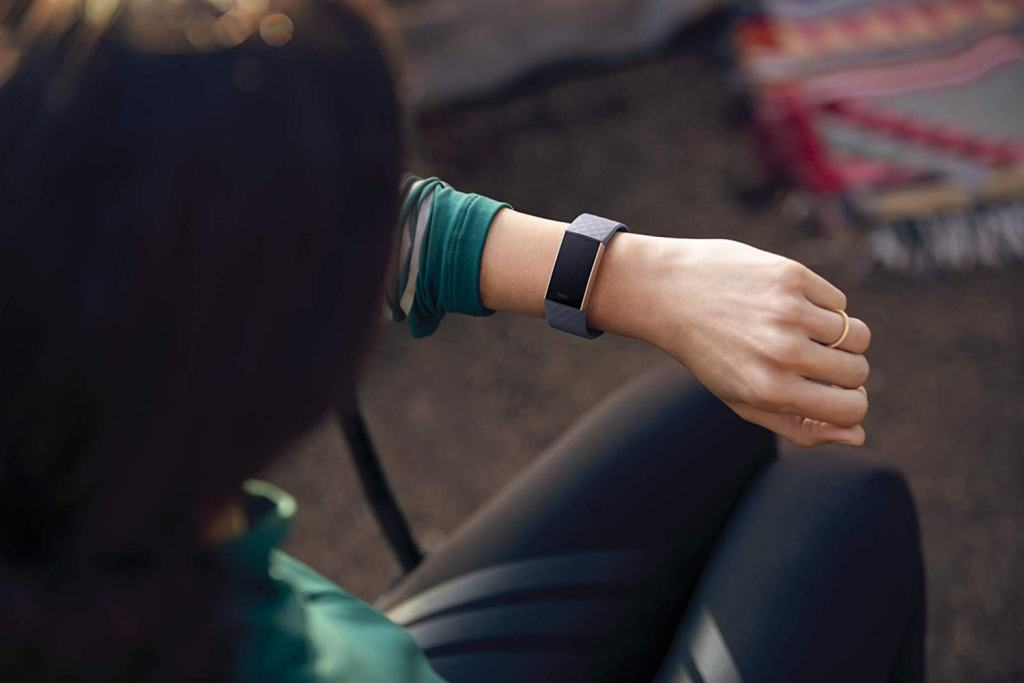 Superior Digital News - Fitbit Charge 3 Fitness Tracker - Navy Blue & Rose Gold - Premium Minimalistic Look & Feel