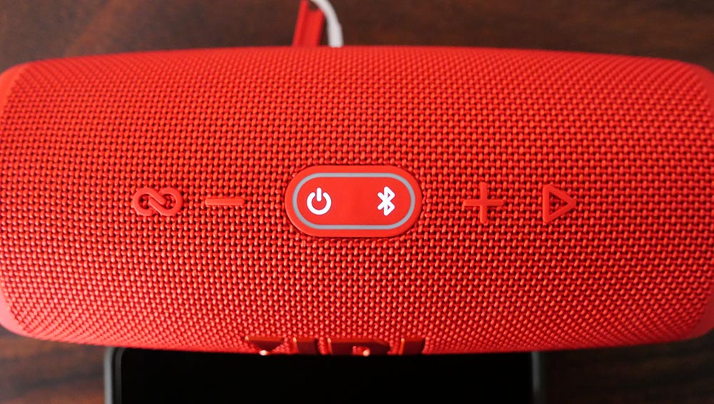 JBL Charge 5 - Control Buttons