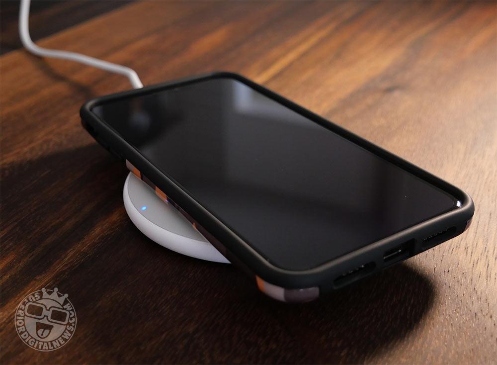 Anker PowerWave Pad - Slim Design