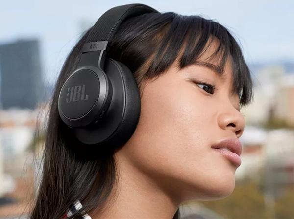 JBL Live 660NC Wireless Noise Cancelling Headphones Balck
