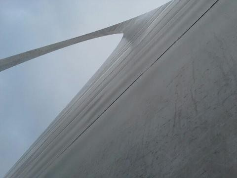 Looking up the St. Louis Arch