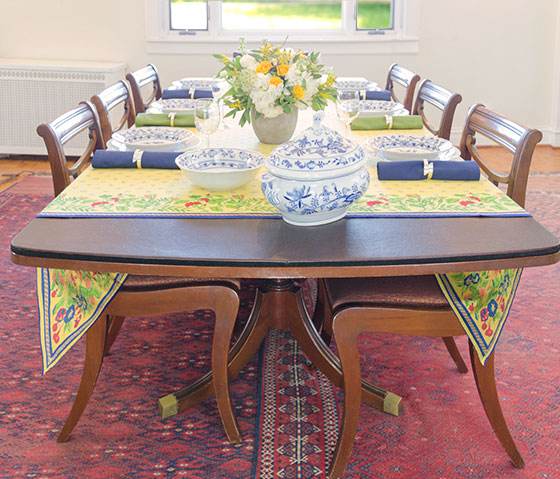 Covers Top Padded Table