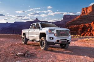 Lift Kits, Leveling Kits, & OffRoad Accessories | Superlift Suspension