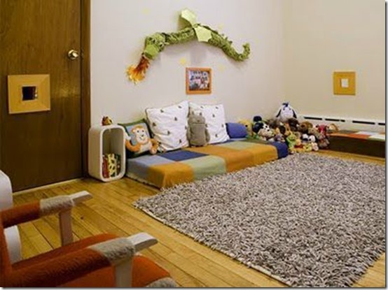 Le lit b b version montessori for Chambre au mois