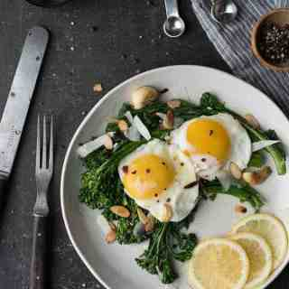 Lemon Broccolini Topped with Egg