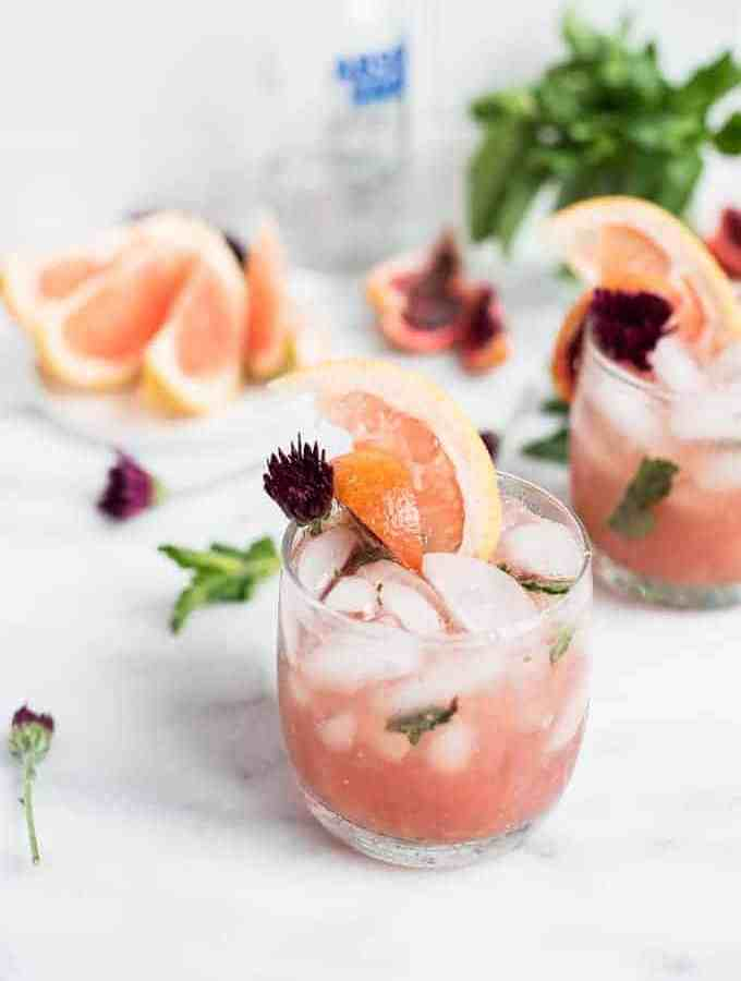 pink grapefruit sangria cocktail | superman cooks