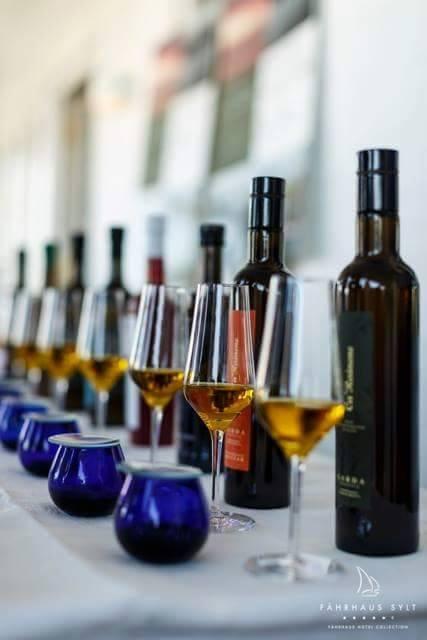 Extra native Olivenöle verkosten und genießen!