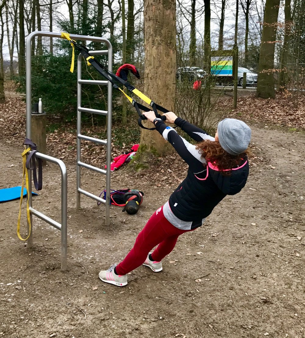 Outdoortraining mit Bändern