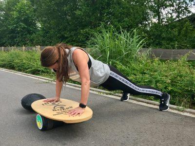 Diäten: Warum nehmen Frauen langsamer und mühsamer ab?