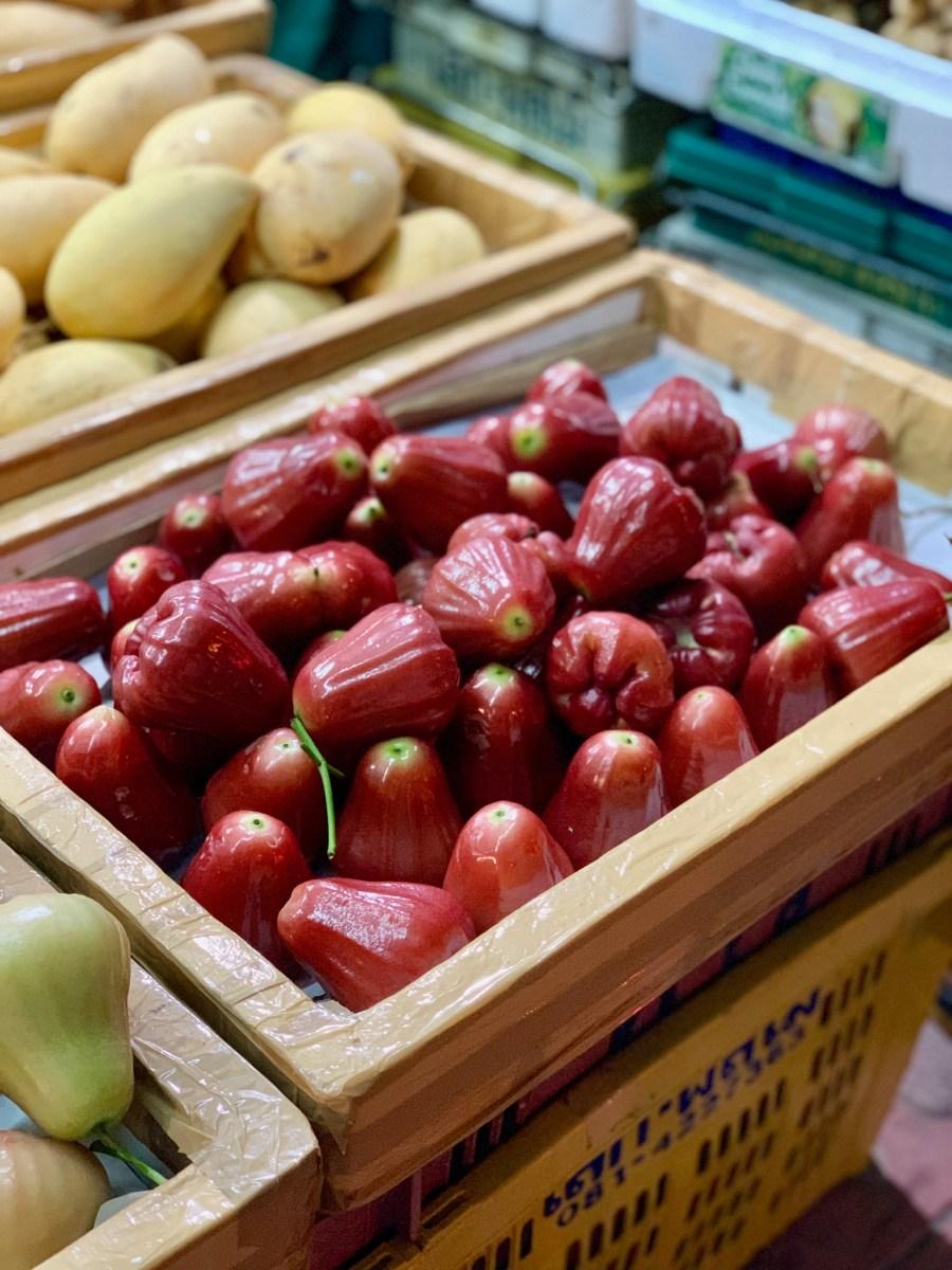 Weltreise: Bangkok Blumenmarkt Birnen 2