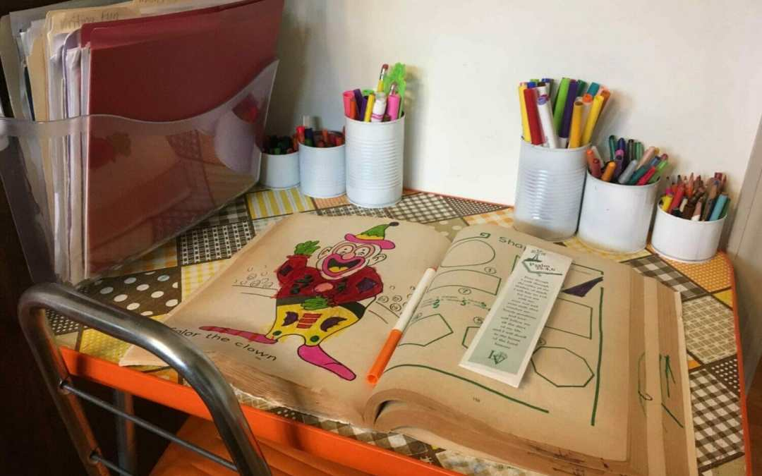Five Must-Haves For a Kids' Art Table That *Works*