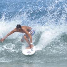Atónitos los surfers ante medida que los desalojaría de las playas