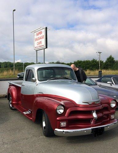 pick up truck 384x500