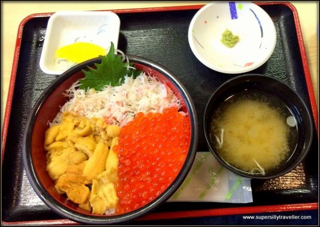Hokkaido Crab, Salmon and Sea Urchin Rice bowl