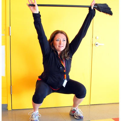 Broom Overhead squats. Training with everyday items. Upper Body and Core Exercises. Makeshift Gym Equipment. Train everyday. Super Soldier Project.