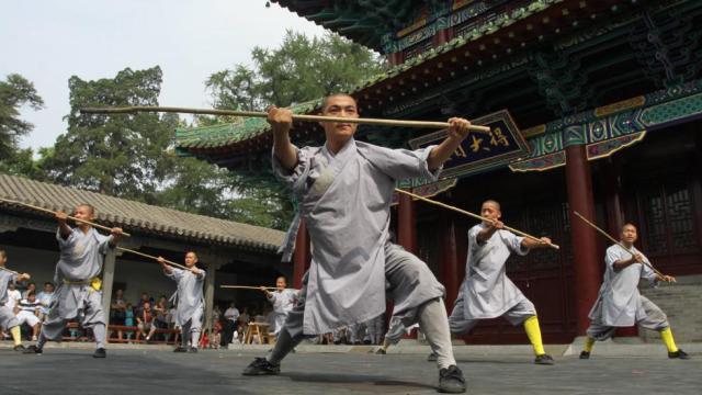 Shaolin staff fighting. Martial arts. Fitness. Fight Club. Martial Arts of the World. Chinese Martial Arts.