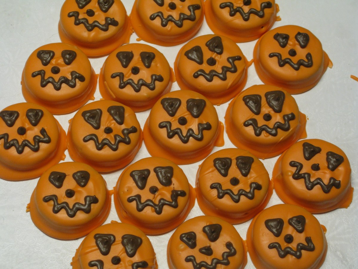 Chocolate Covered Halloween Oreos