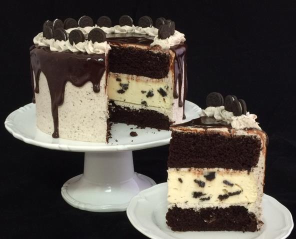 Ultimate Oreo Cake