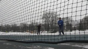 How To Play Tennis in Cold Weather