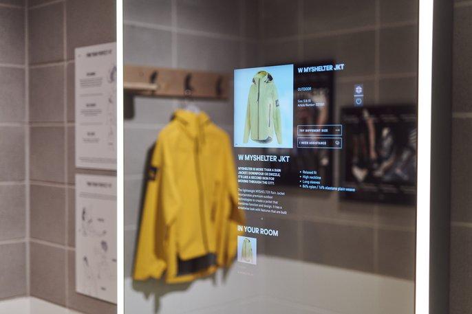 Adidas abre loja figital