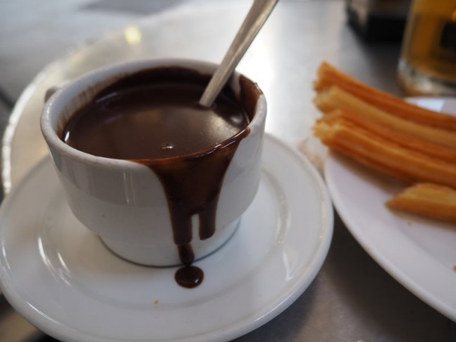 "Chocolate con churros en San Ginés: Foto de ""Ctj71081"" (Flickr)"