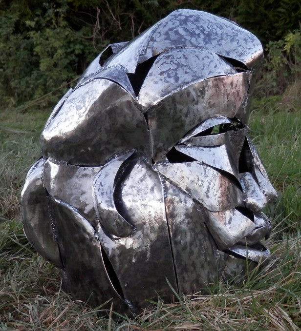 hammered steel face supervolum10