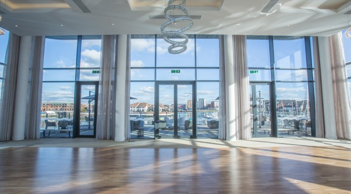 Bow - Floor Space