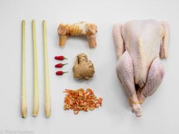 Zutaten für asiatische Hühnerbrühe