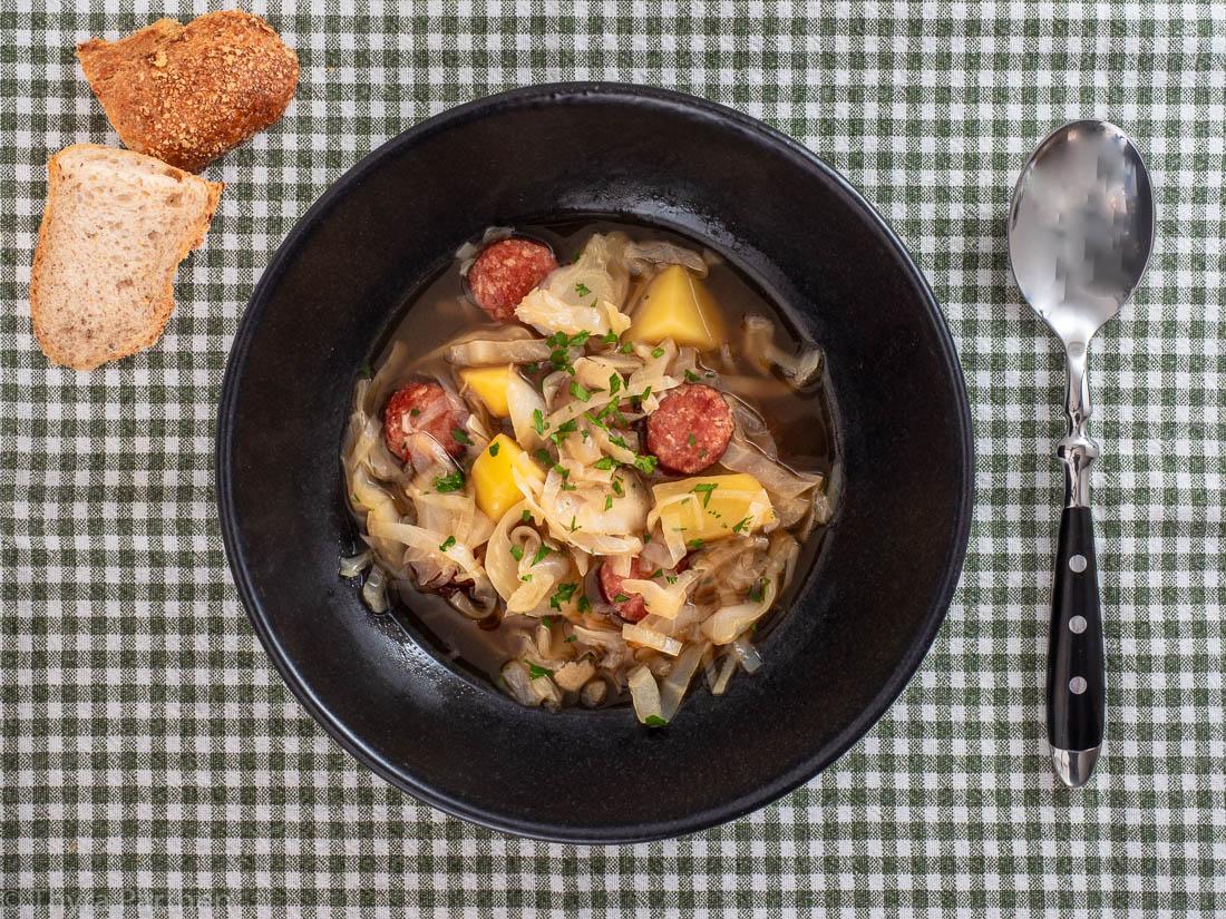 Oktoberfest-Stew (Spitzkohleintopf mit Bier)