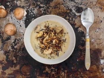 Cremiger Eintopf mit Wildreis und Pilzen