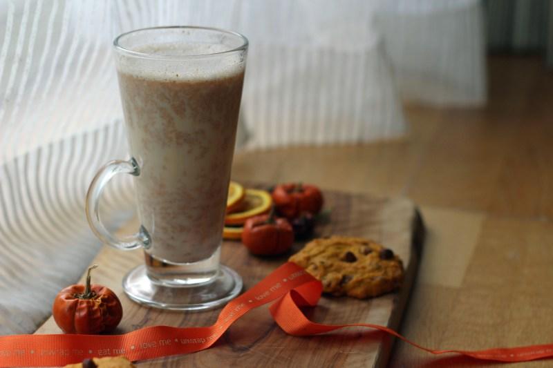 Pumpkin Spice Latte with pumpkin cookies!