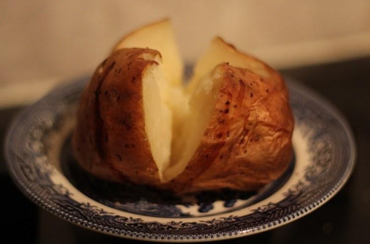Fluffy baked potato