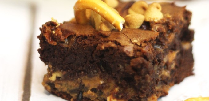 Fat Elvis Brownie- The King of all brownies made with peanut butter banana and pretzels oh and lots and lots of chocolate. Find the recipe at Supper in the Suburbs