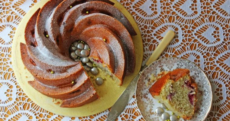 Champagne and Raspberry Bundt Cake