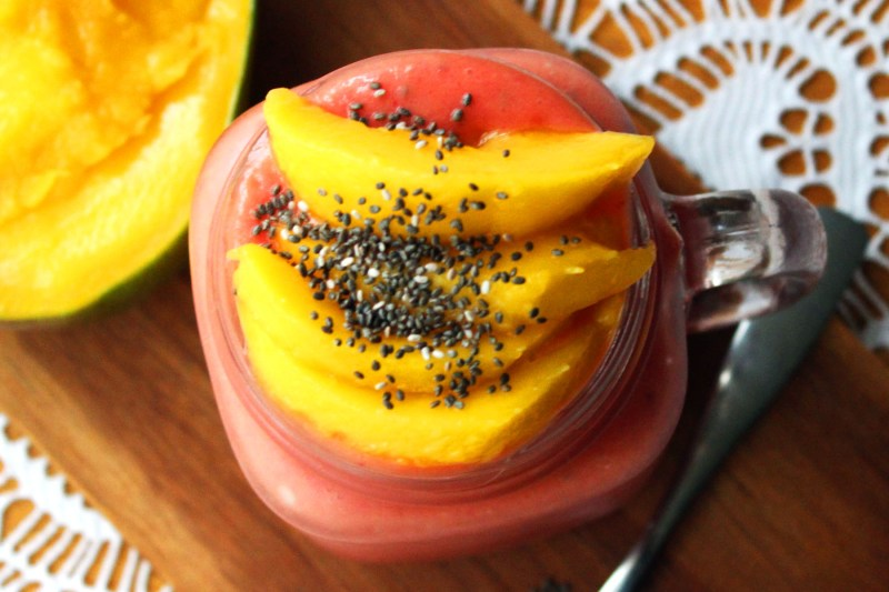 Raspberry and Mango Smoothie with Chia Seeds is a fantastic breakfast recipe