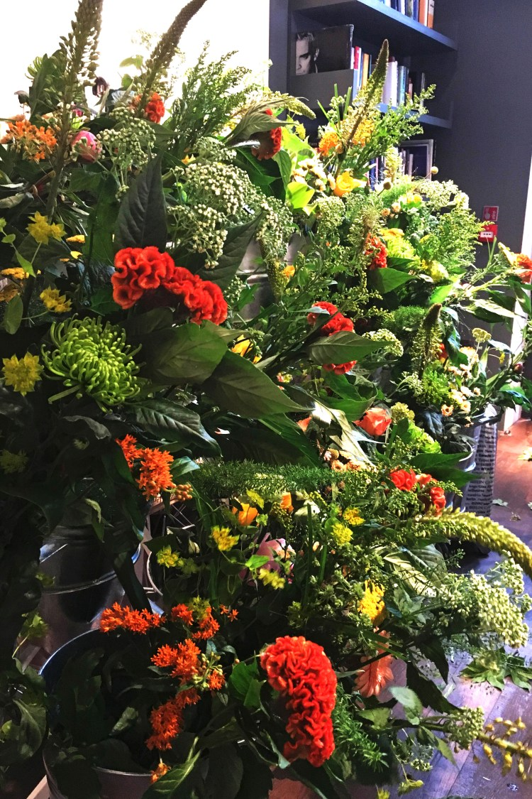 Seven Tips For Mastering Flower Arranging with Bloomon