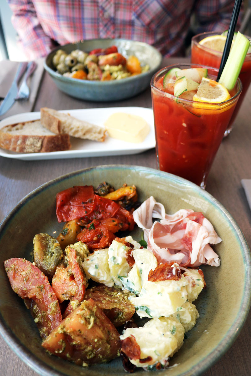 Read my review of the Darwin Brasserie Restaurant, part of the Sky Garden in London.