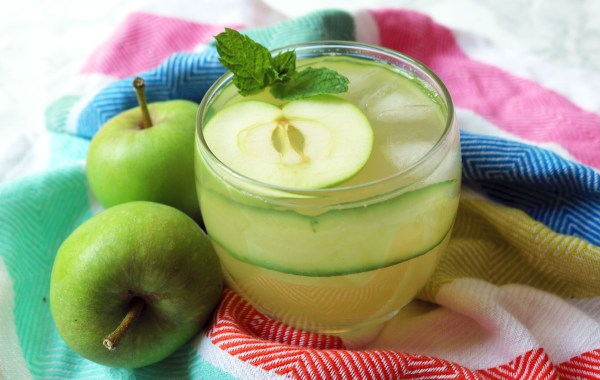 Apple Gimlet with cucumber and mint garnish