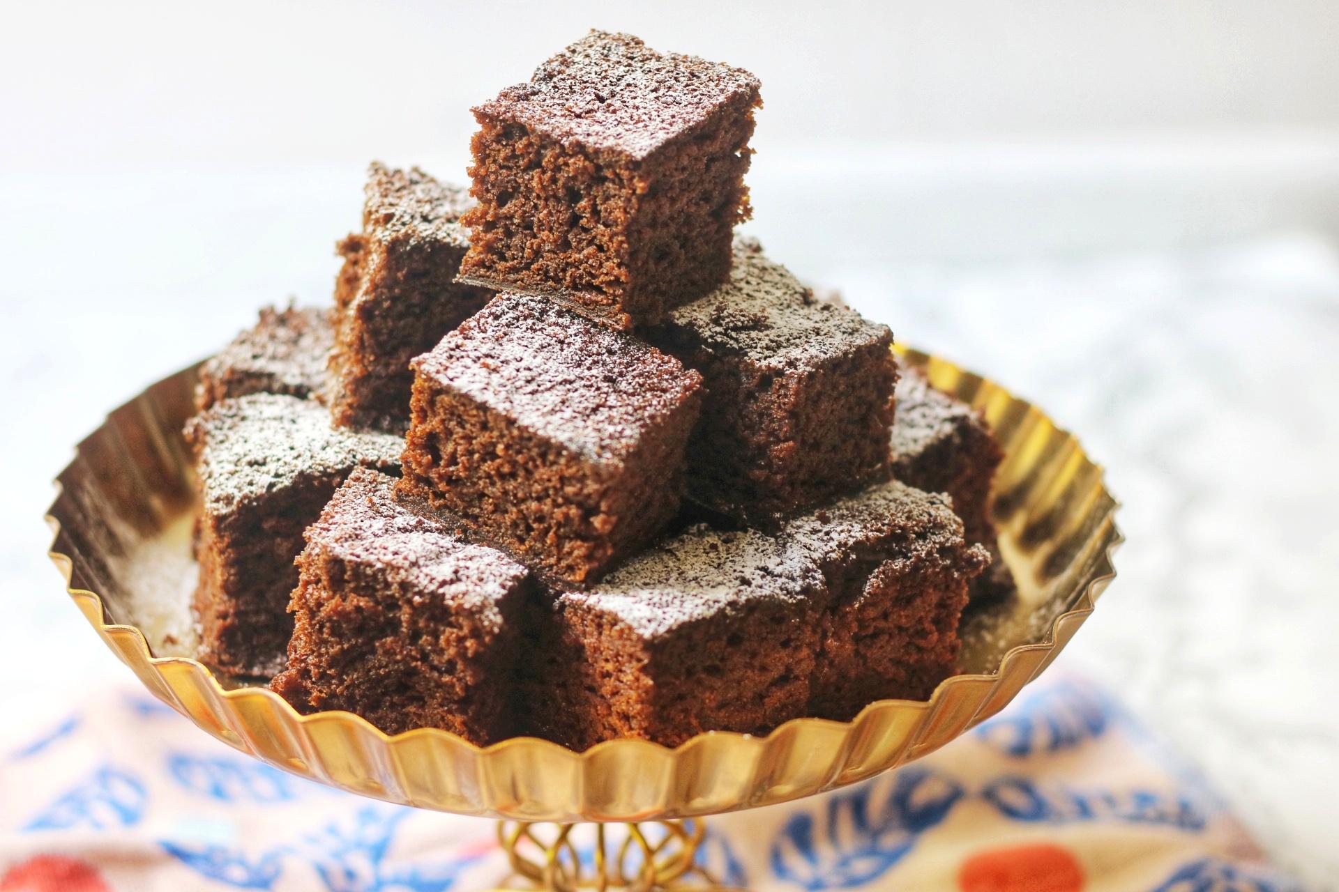 Vegan Sticky Ginger Cake