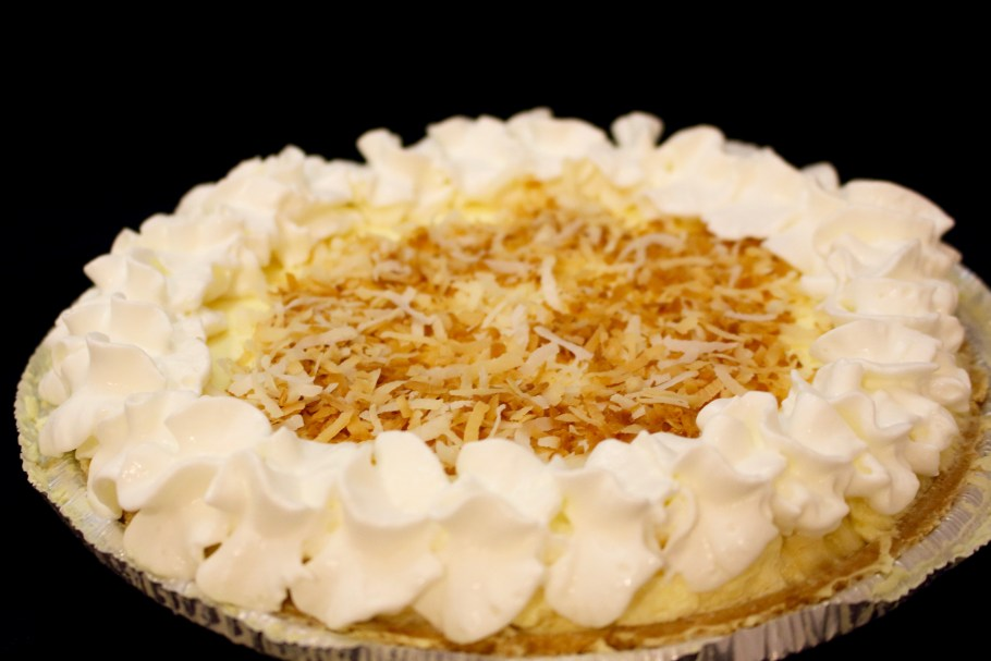 No Bake Banana Pudding Pie Finished