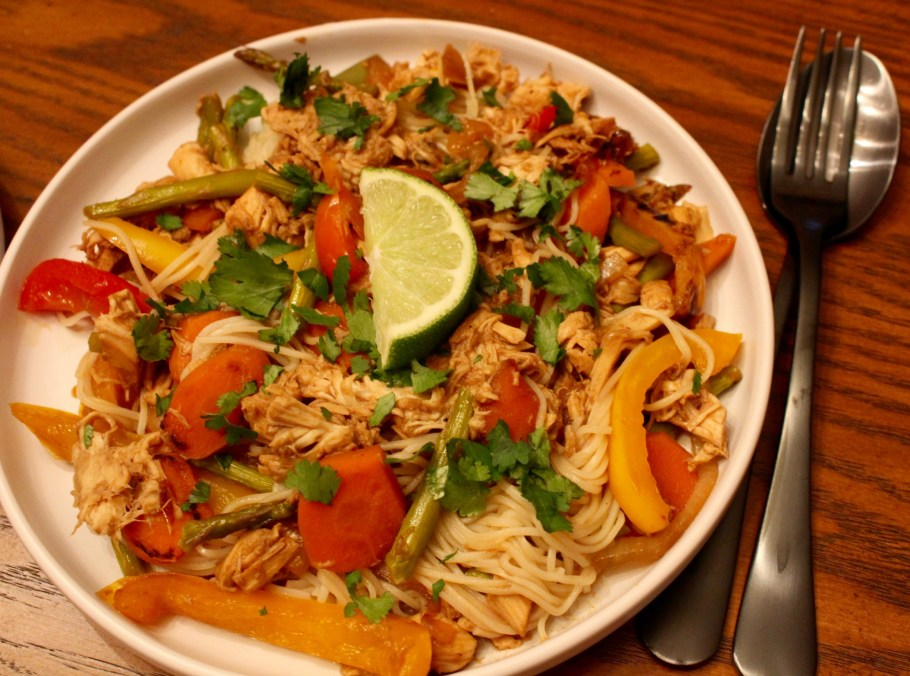Easy Chicken Stir Fry with Chinese Thin Noodles
