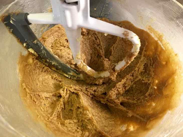 Healthy Oatmeal Raisin Cookie blending brown sugar