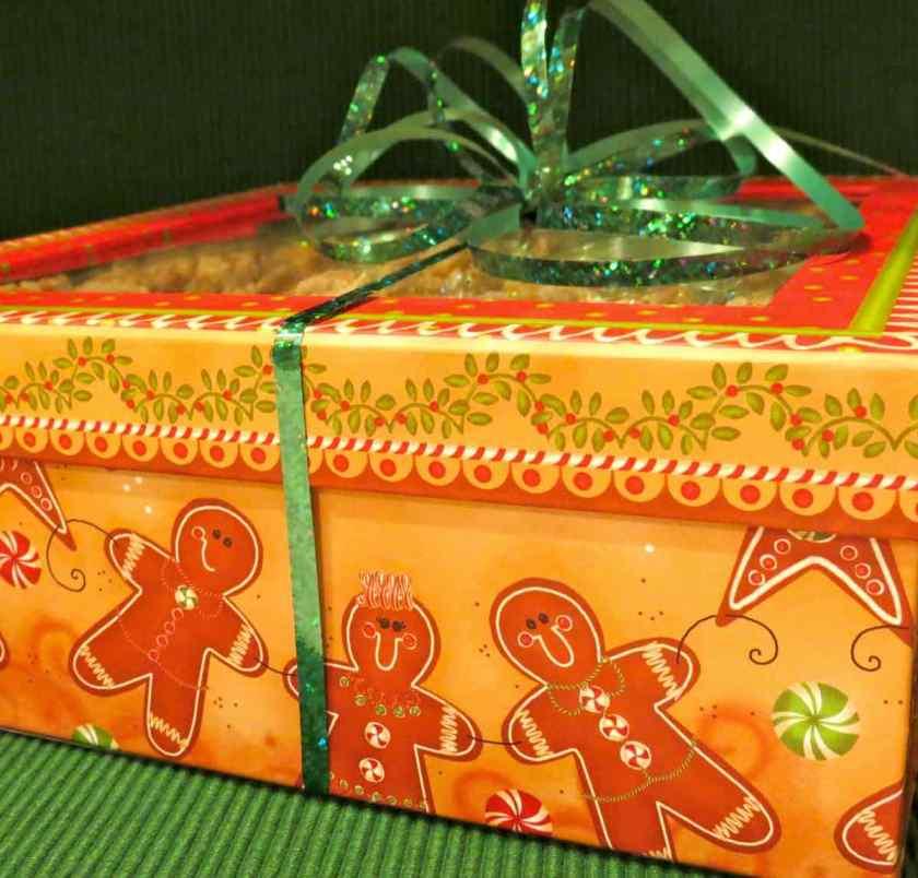 Snowmen on Gift Box