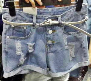 Triple Buttons HP (TANPA BELT) - ecer@75 - seri4pcs 280rb - jeans - 2ukuran M&L