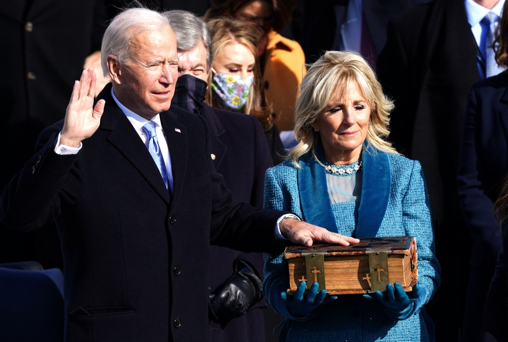 Biden Signs Executive Order Disbanding 'Patriotic Education' Commission
